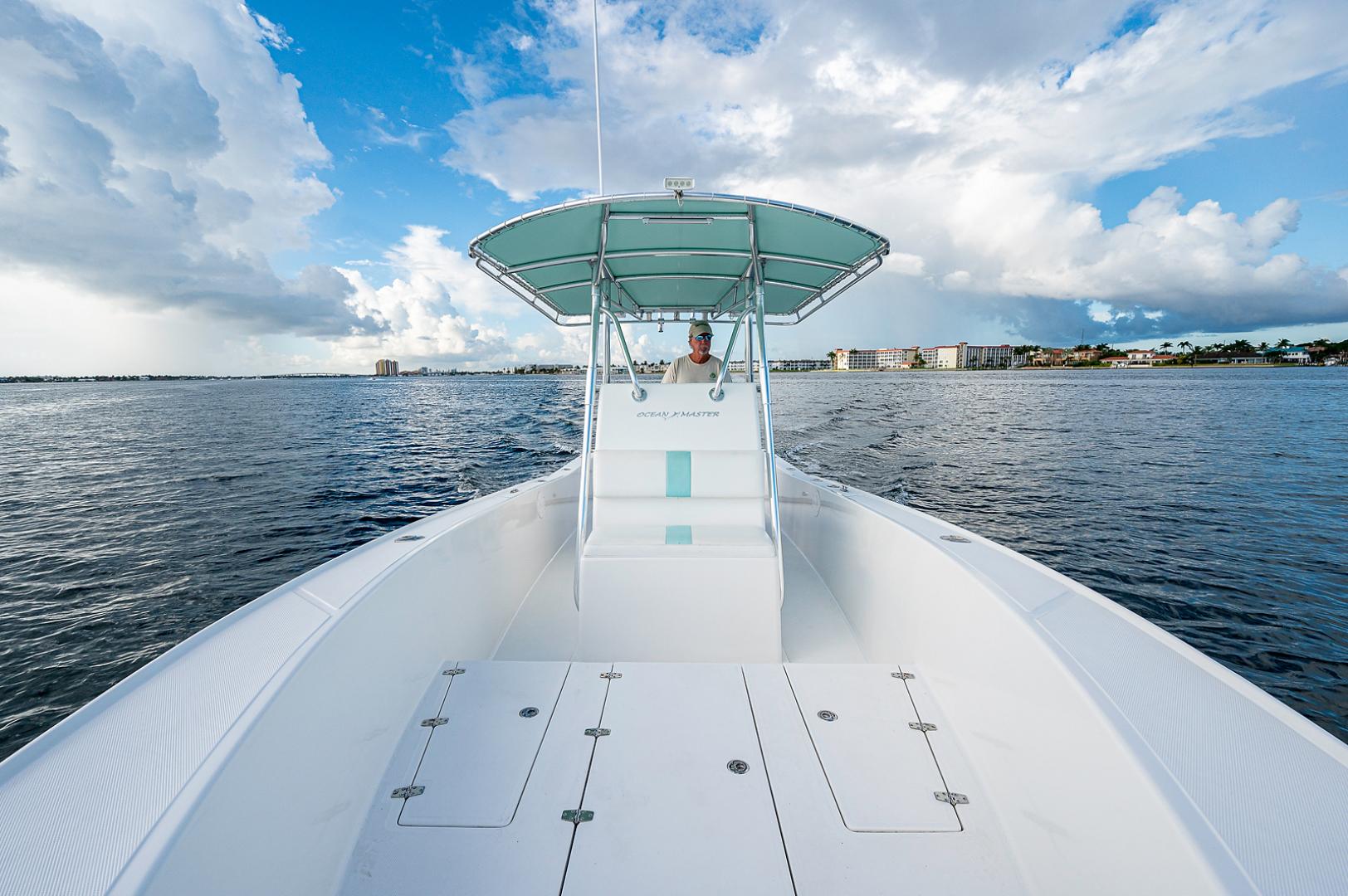 Ocean Master 2013-27 Ocean Master Palm Beach-Florida-United States-Foredeck-1501364 | Thumbnail