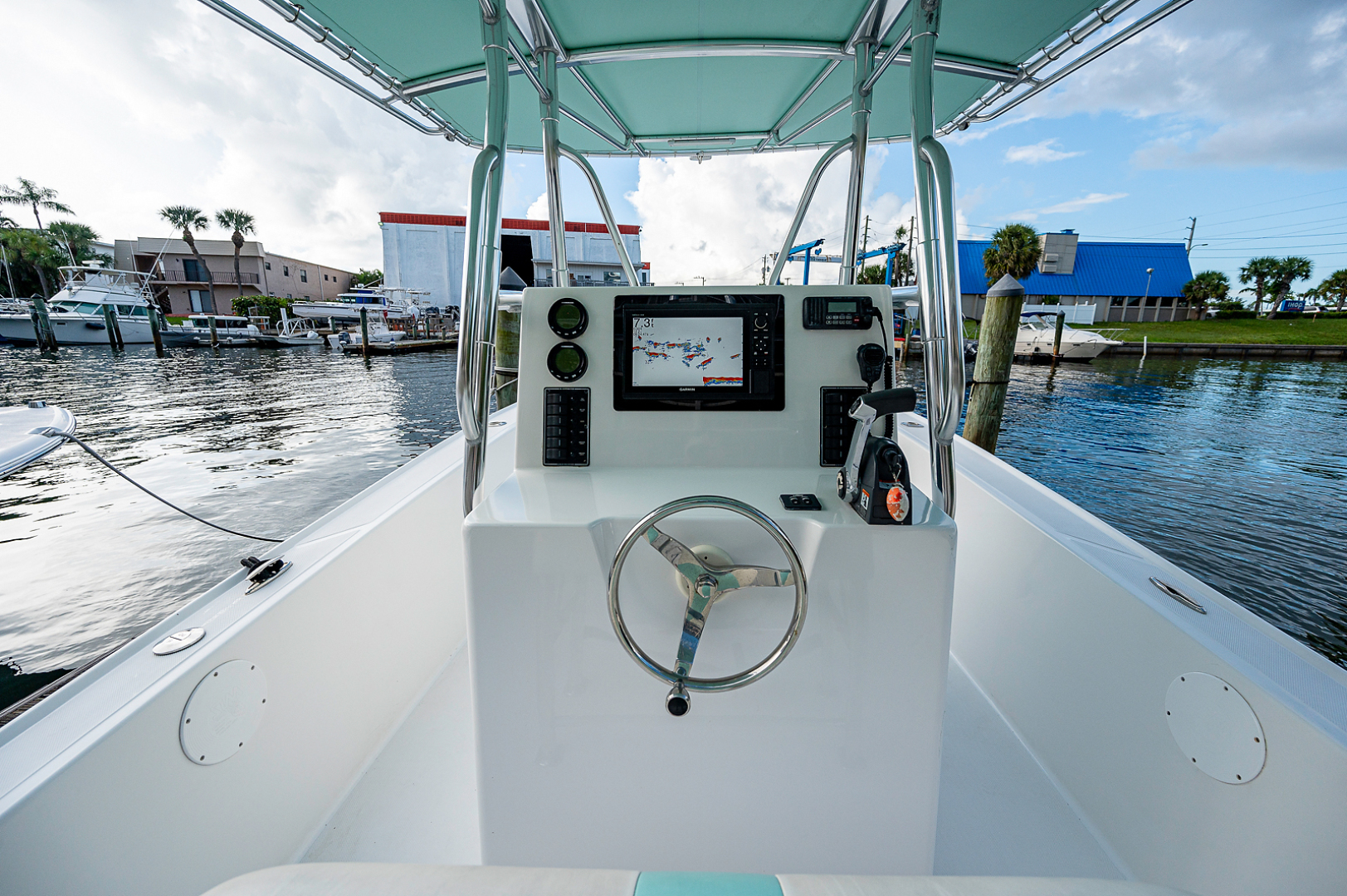 Ocean Master 2013-27 Ocean Master Palm Beach-Florida-United States-Helm-1501369 | Thumbnail