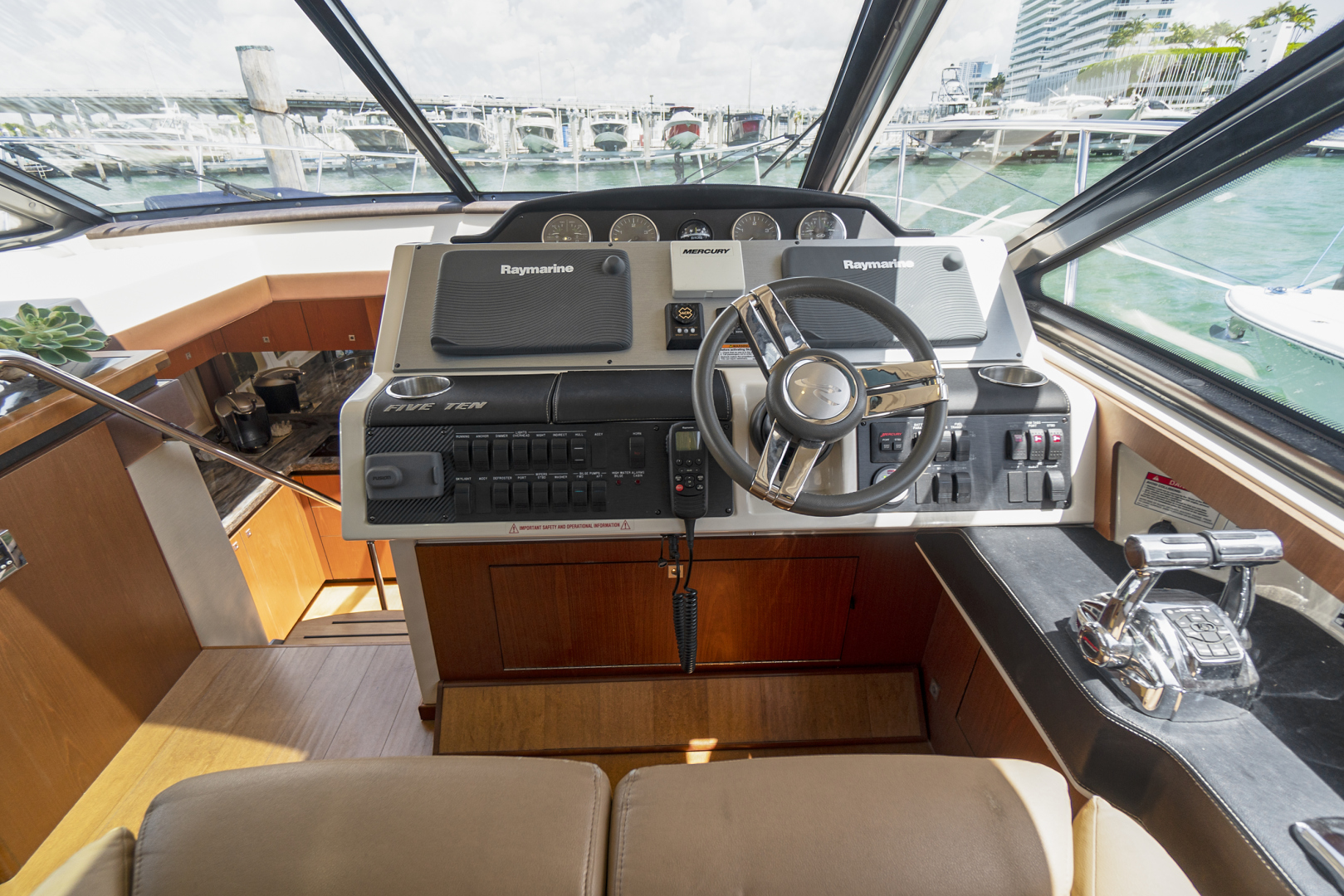 Sea Ray-Sundancer 2014-Arcadia Miami-Florida-United States-1503072 | Thumbnail