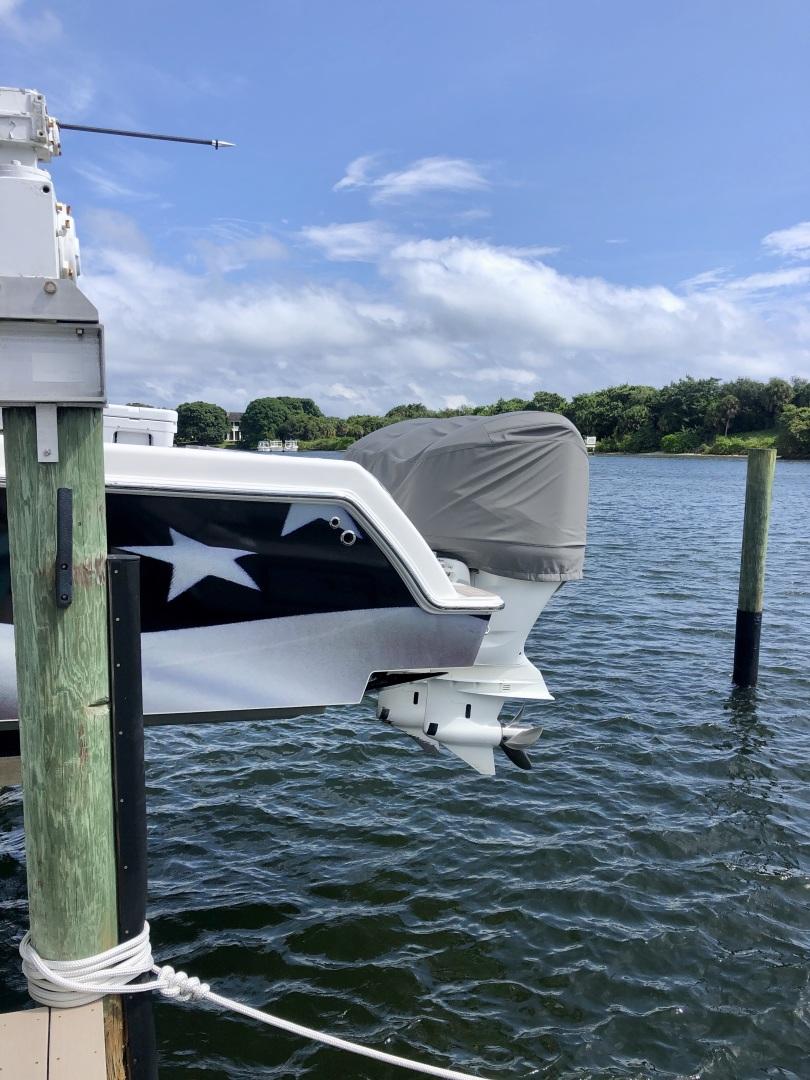 Invincible-Open Fisherman 2017 -Palm Beach Gardens-Florida-United States-1503526 | Thumbnail