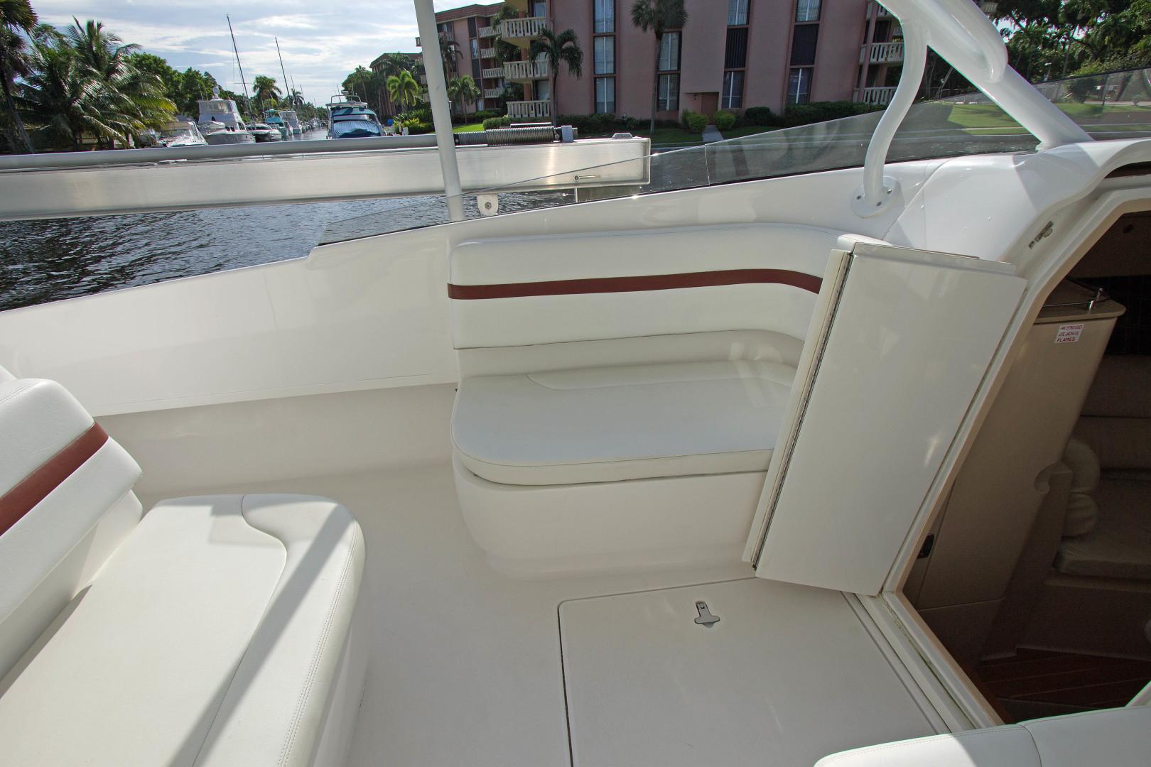 Intrepid-375 Walkaround 2014-NN 375 Walkaround 2014 Fort Lauderdale-Florida-United States-1507857 | Thumbnail