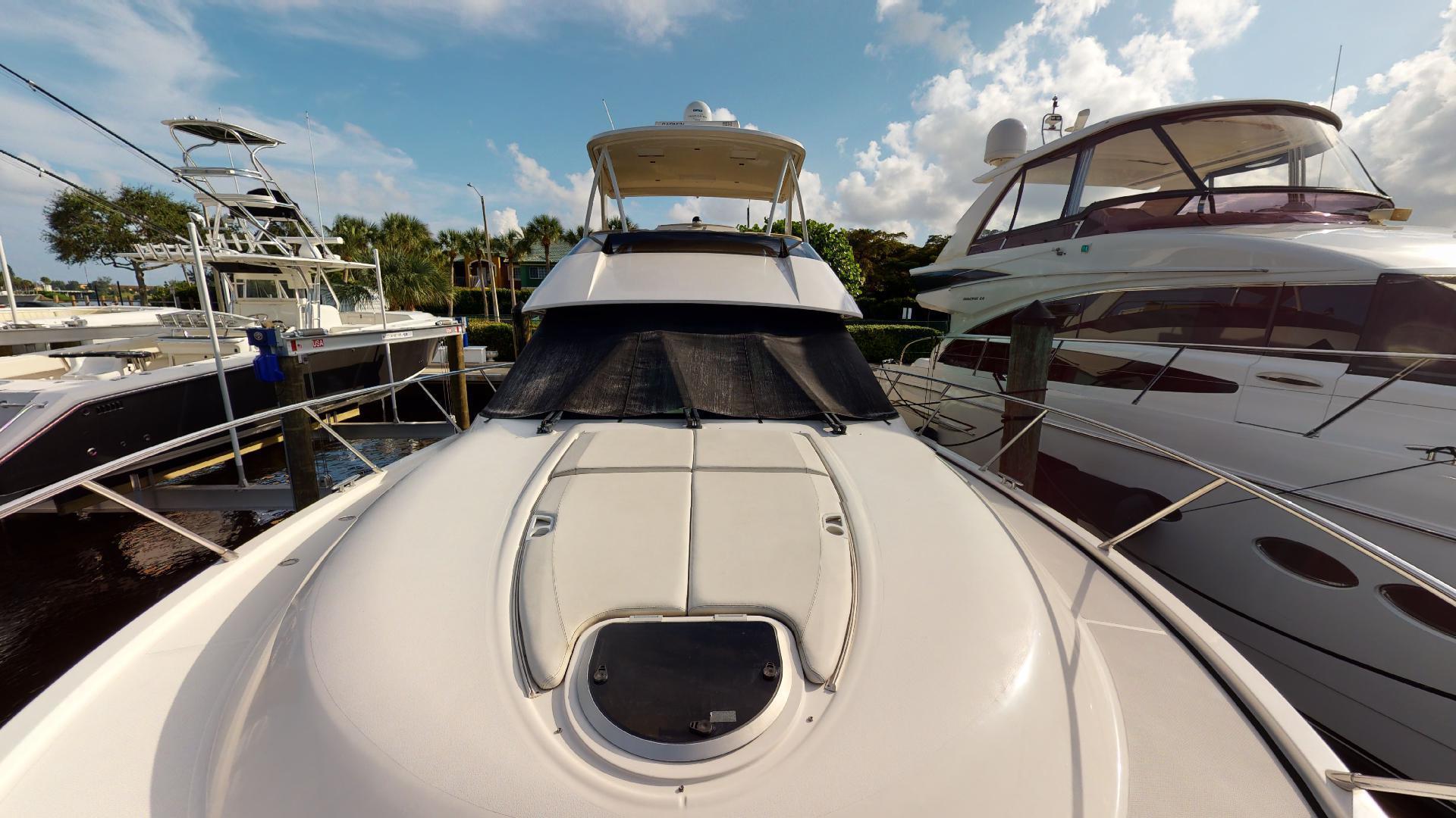 Tiara Yachts-50 Flybridge 2015-Khatch You Later North Palm Beach-Florida-United States-Bow-1509441 | Thumbnail