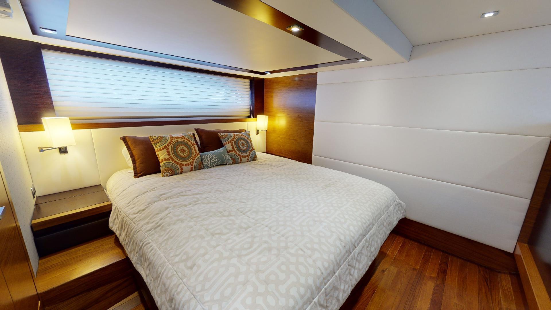 Tiara Yachts-50 Flybridge 2015-Khatch You Later North Palm Beach-Florida-United States-Master Stateroom-1509420 | Thumbnail