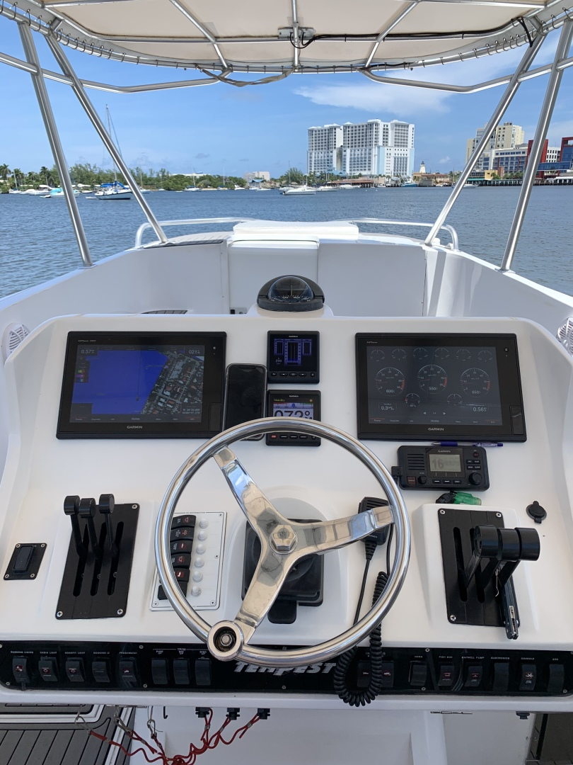 Tempest 2005-COSITA BELLA Fort Lauderdale-Florida-United States-Helm Electronics-1508145 | Thumbnail