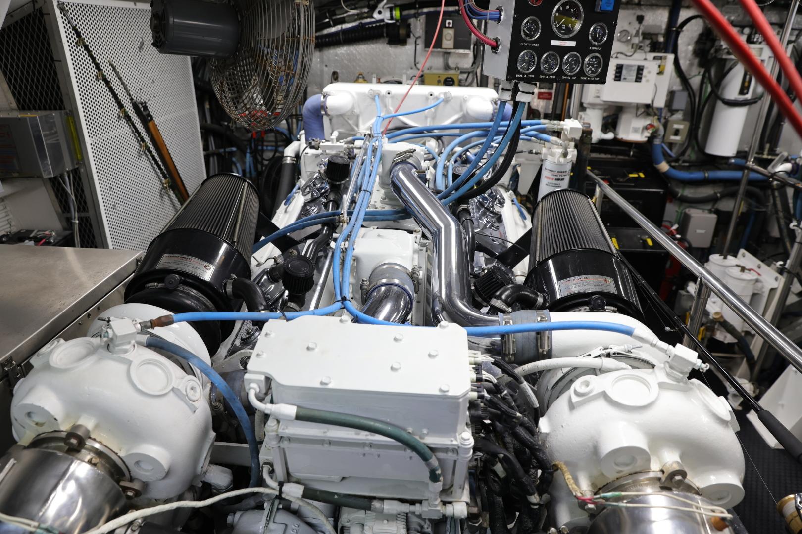 Hatteras-Convertible 1995-LADY LILA Newport Beach-California-United States-ENGINE ROOM-1516277 | Thumbnail