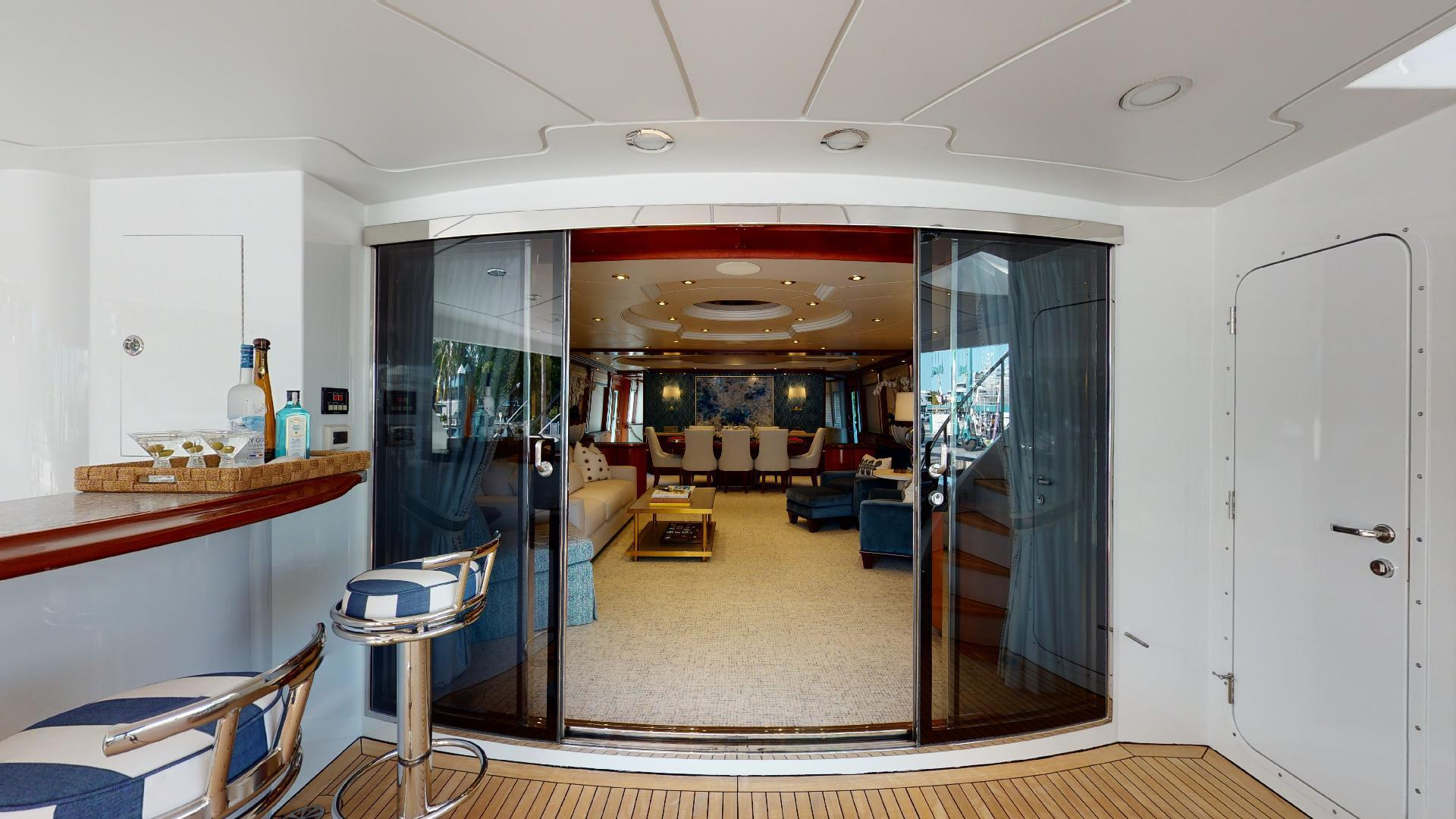 Crescent-Raised Pilothouse 2004-WONDER West Palm Beach-Florida-United States-Aft Deck-1509978 | Thumbnail