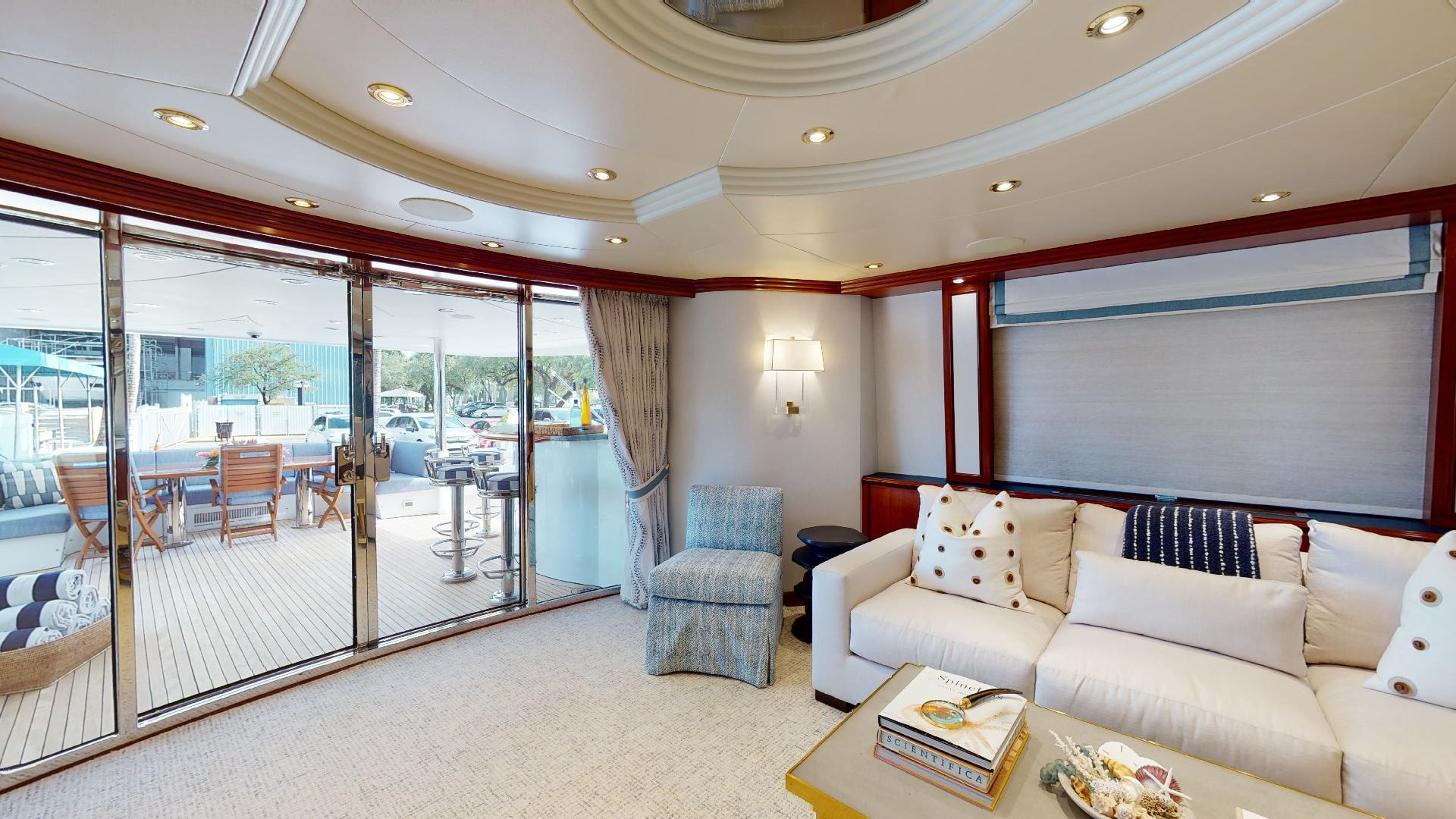 Crescent-Raised Pilothouse 2004-WONDER West Palm Beach-Florida-United States-Salon-1509988 | Thumbnail