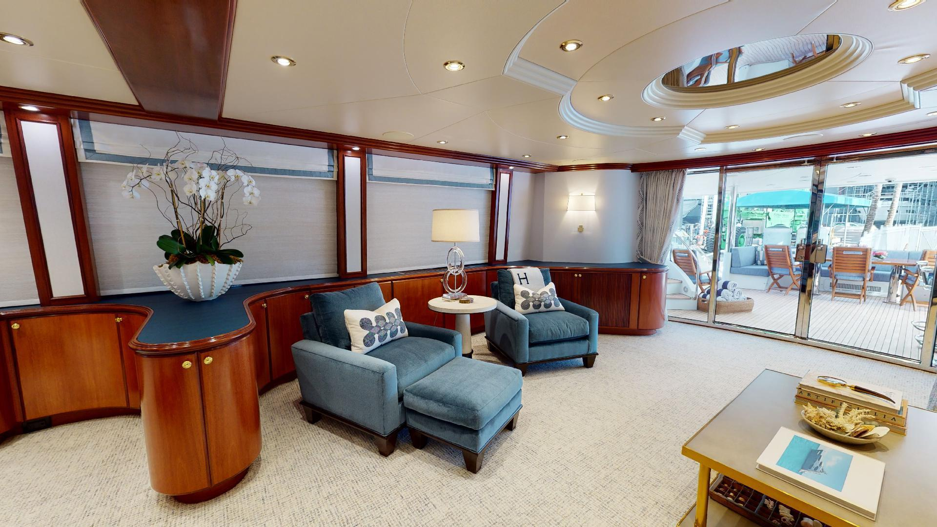 Crescent-Raised Pilothouse 2004-WONDER West Palm Beach-Florida-United States-Salon-1509985 | Thumbnail