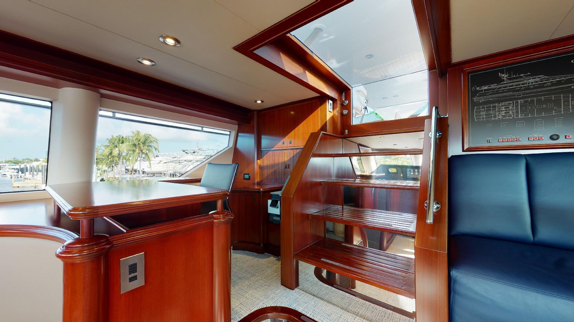 Crescent-Raised Pilothouse 2004-WONDER West Palm Beach-Florida-United States-1510016 | Thumbnail
