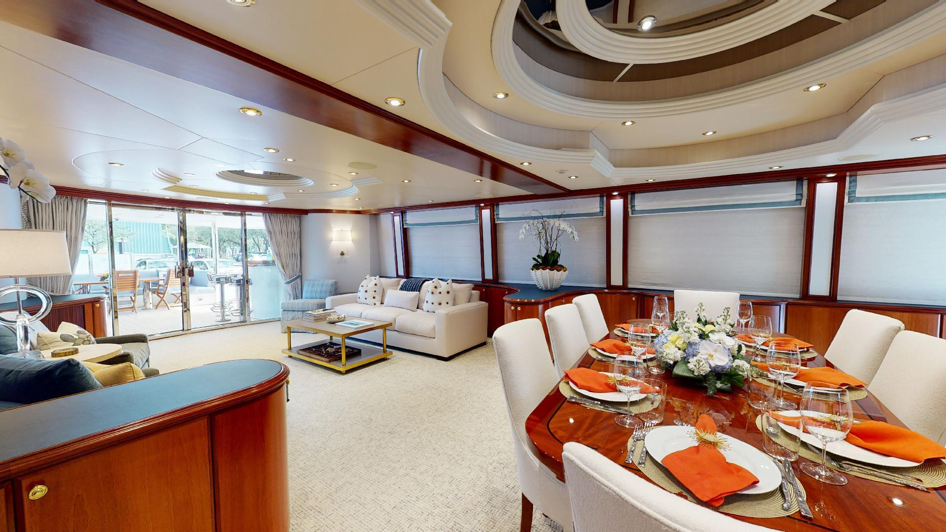 Crescent-Raised Pilothouse 2004-WONDER West Palm Beach-Florida-United States-1509981 | Thumbnail