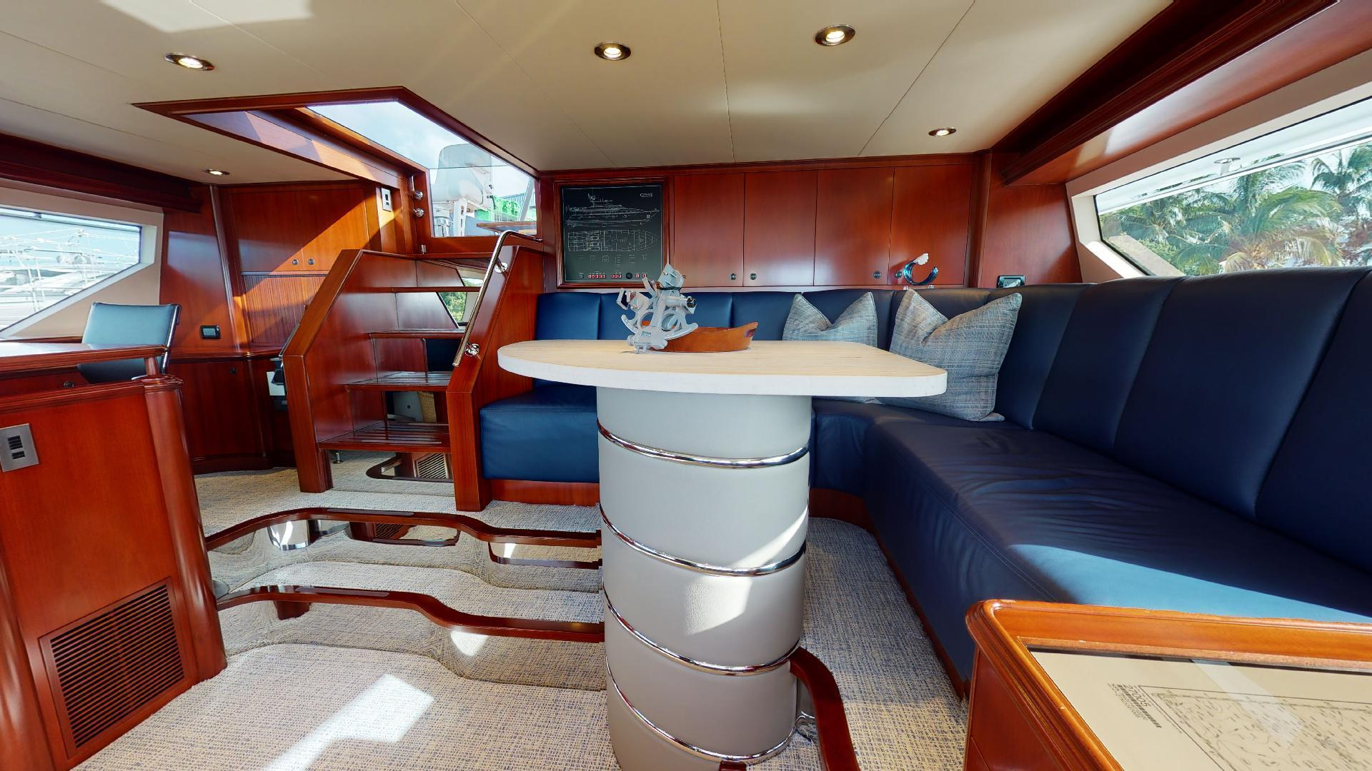 Crescent-Raised Pilothouse 2004-WONDER West Palm Beach-Florida-United States-1510017 | Thumbnail