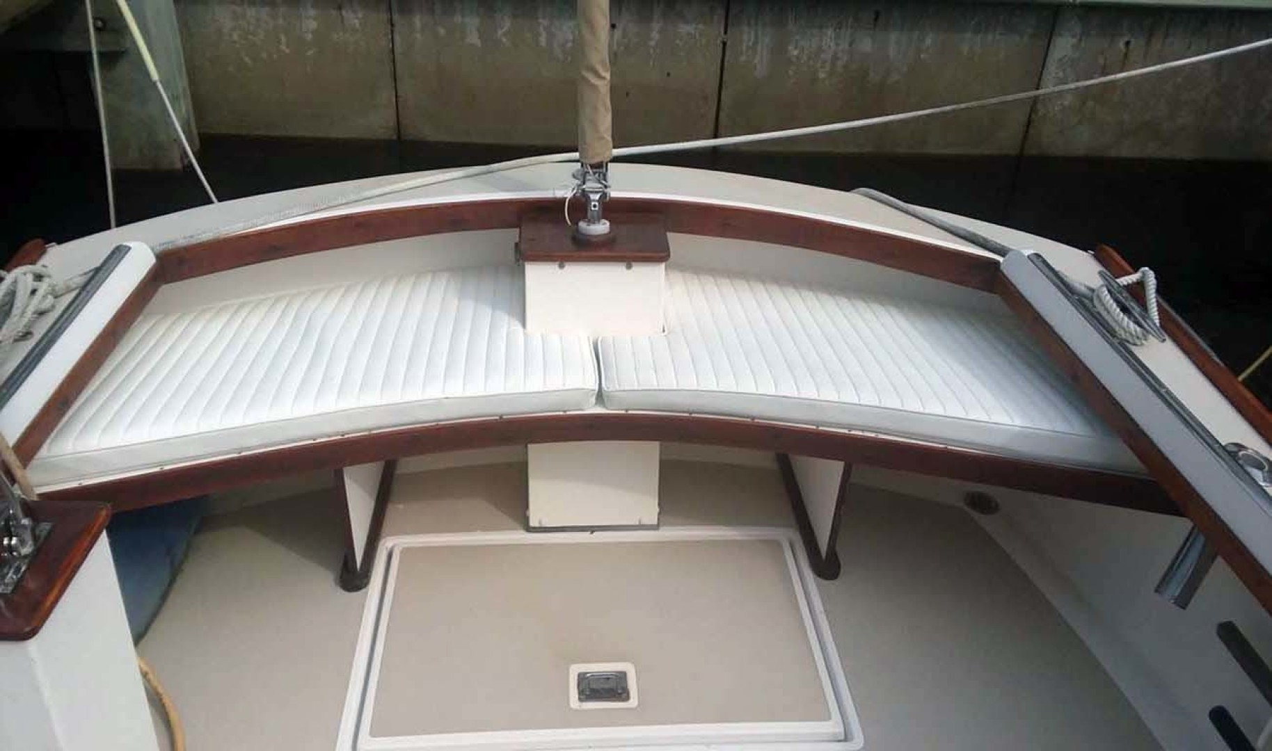 Dyer-29 Trunk Cabin Soft Top 1999-Clear Call Vero Beach-Florida-United States-Cockpit Seating-1509409 | Thumbnail