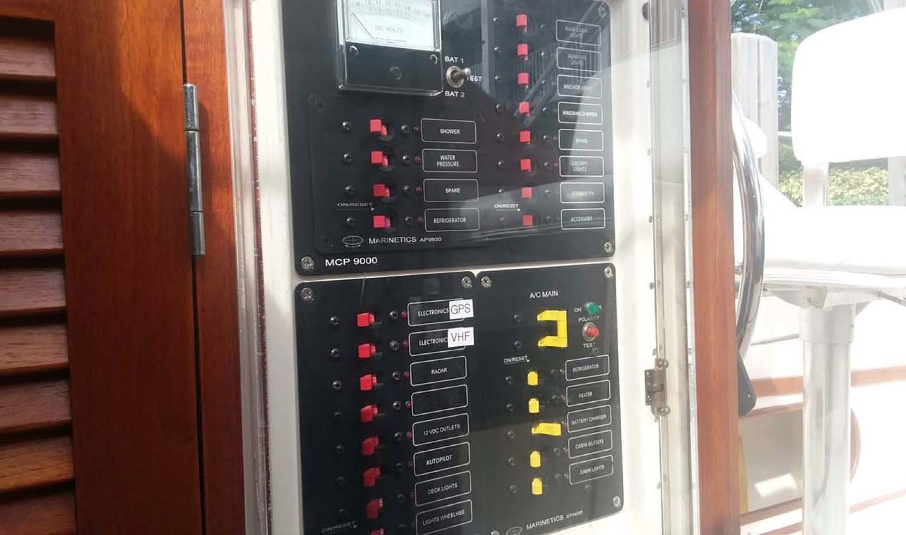 Dyer-29 Trunk Cabin Soft Top 1999-Clear Call Vero Beach-Florida-United States-Electrical Panel-1509403 | Thumbnail