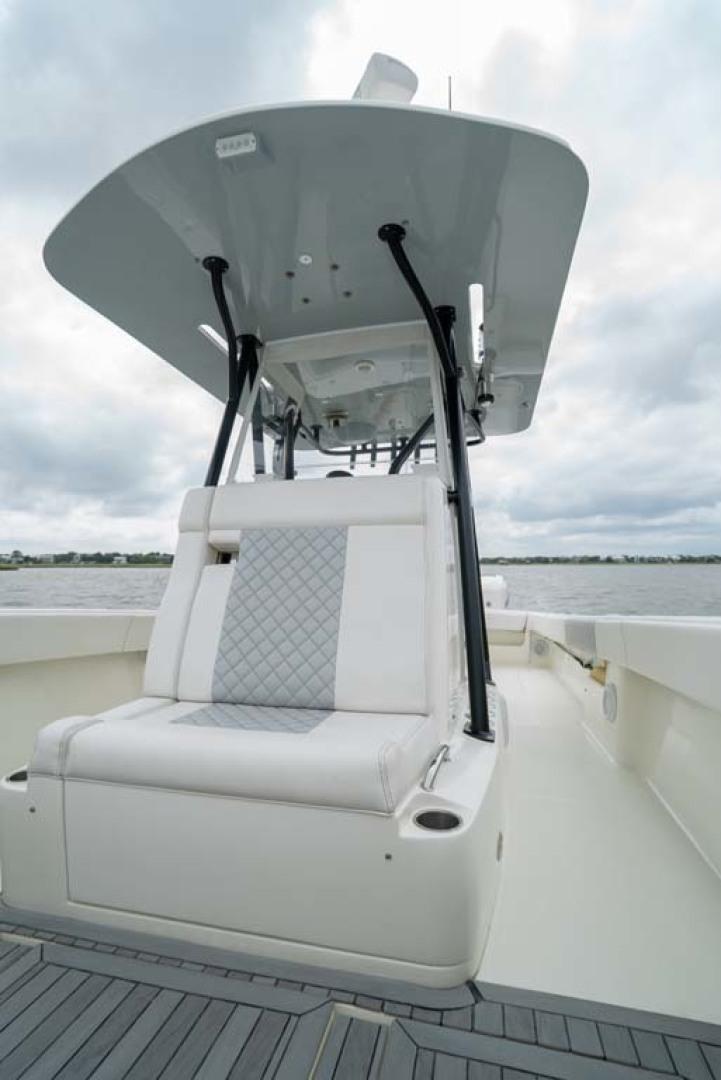 SeaVee-340 B Center Console 2014-Riff Raff Mount Pleasant-South Carolina-United States-Forward Console Seating-1509713 | Thumbnail