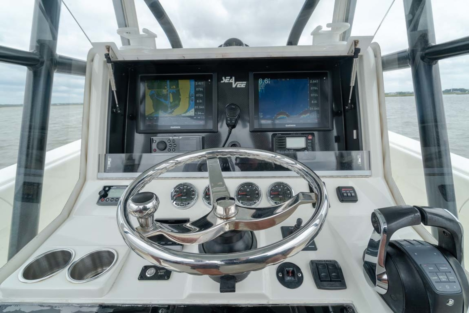 SeaVee-340 B Center Console 2014-Riff Raff Mount Pleasant-South Carolina-United States Helm-1509721 | Thumbnail