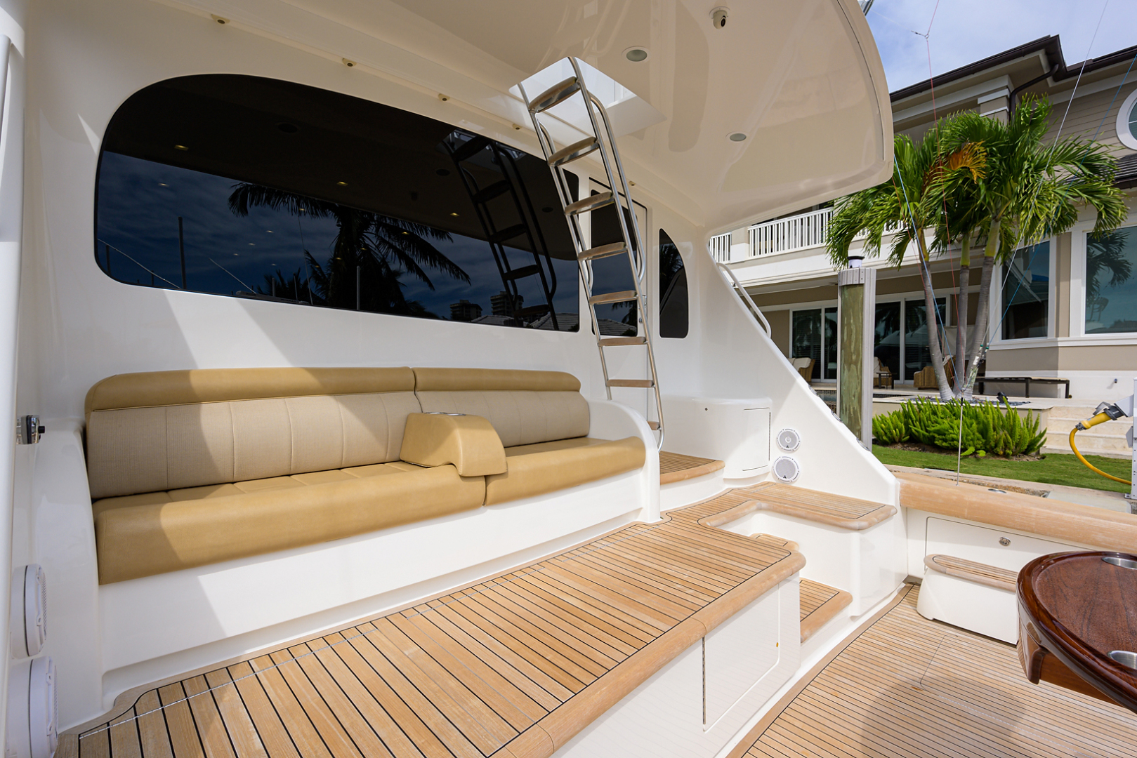 Viking-Enclosed Bridge 2016-LIVE OAK ONE Singer Island-Florida-United States-Cockpit-1510905   Thumbnail