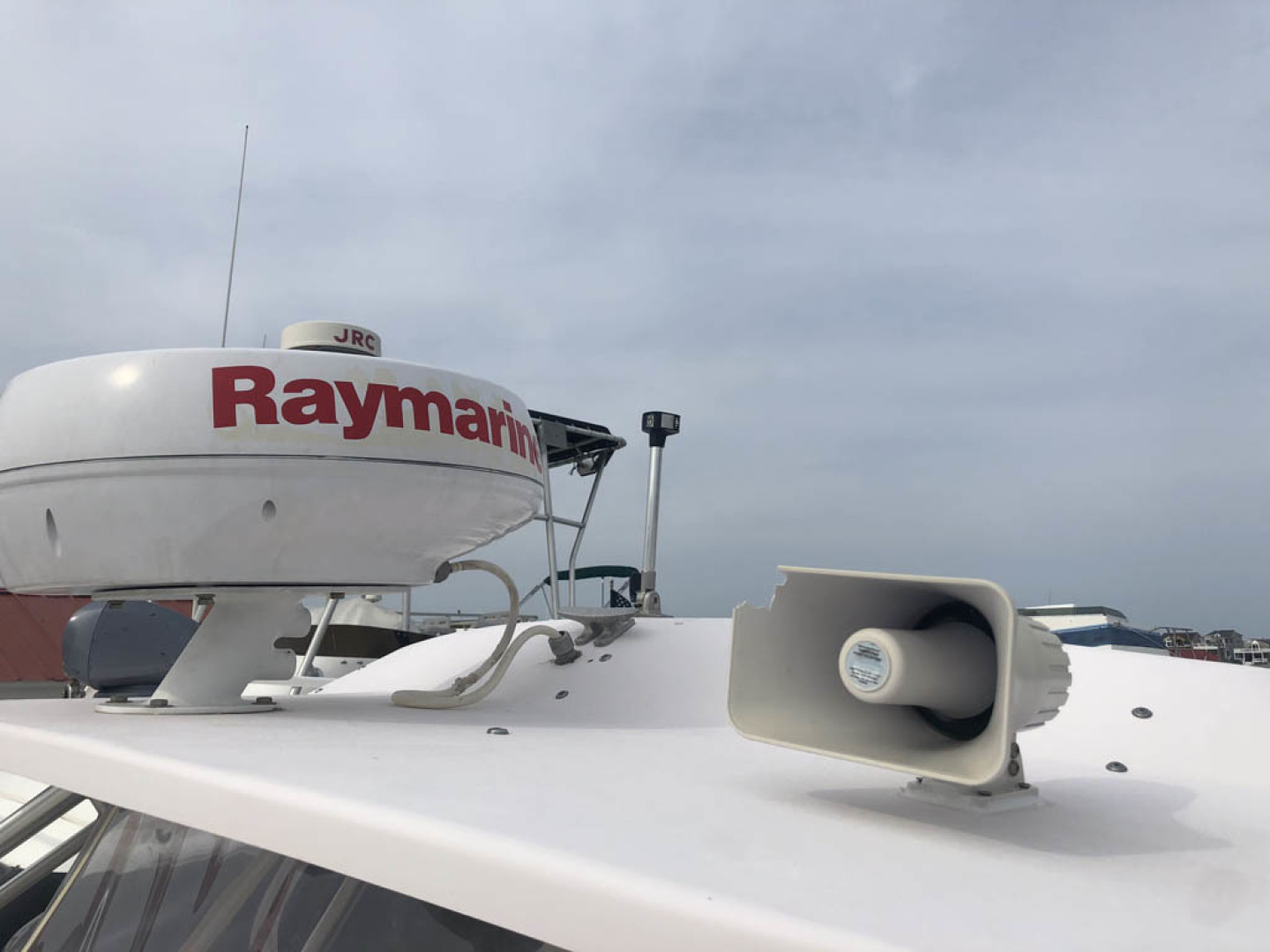 Grady-White-330 Express 2003-Lady L III Long Beach Township-New Jersey-United States-Hardtop Mounted Raymarine-1510556 | Thumbnail