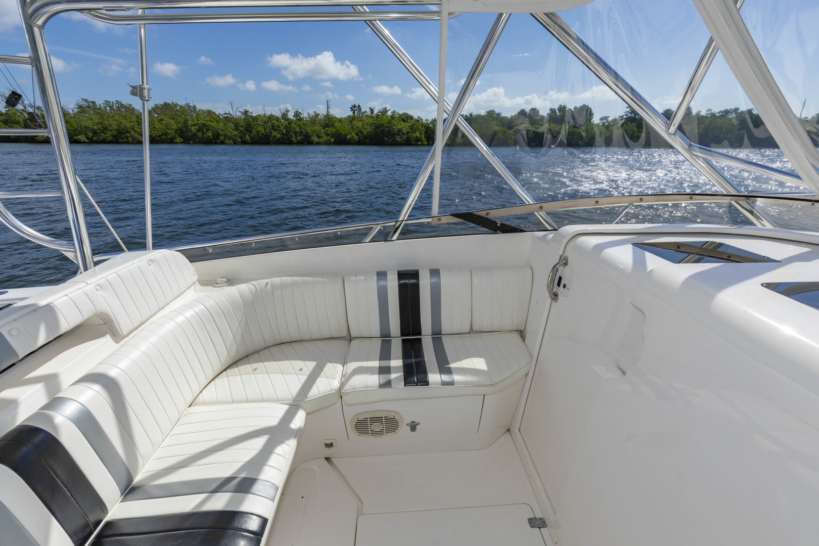 Intrepid-377 Walkaround 2005-Rock Boat REFIT 2018 Dania Beach-Florida-United States-377 Intrepid Helm 2-1511545 | Thumbnail