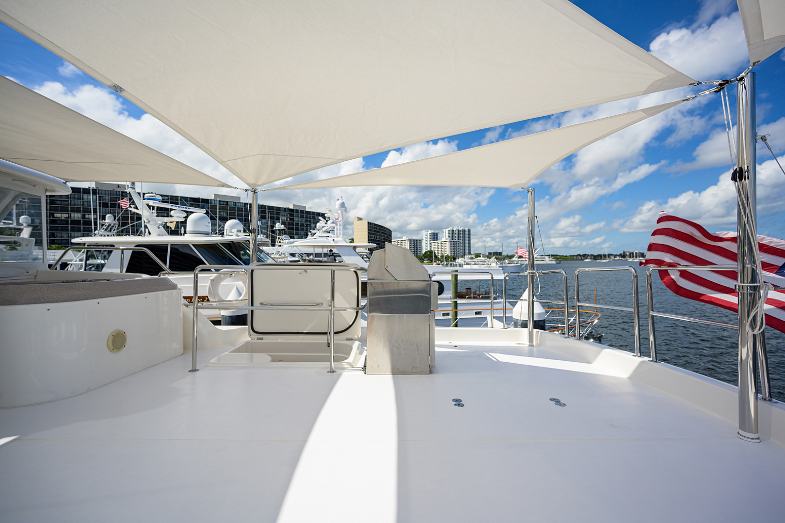 Pacific Mariner-Motor Yacht 2009-Celebrate North Palm Beach-Florida-United States-Flybridge-1515886 | Thumbnail