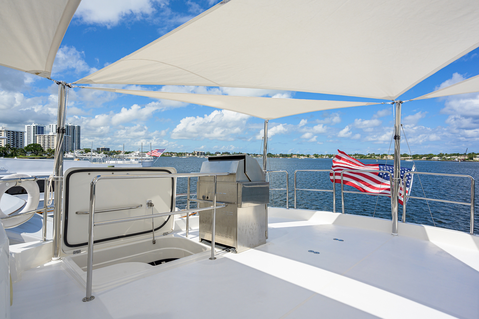 Pacific Mariner-Motor Yacht 2009-Celebrate North Palm Beach-Florida-United States-Flybridge-1515892 | Thumbnail