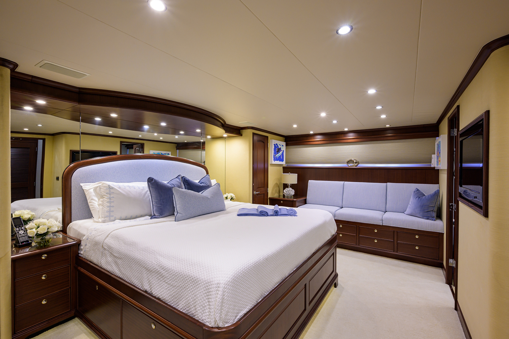 Pacific Mariner-Motor Yacht 2009-Celebrate North Palm Beach-Florida-United States-Master Stateroom-1512314 | Thumbnail