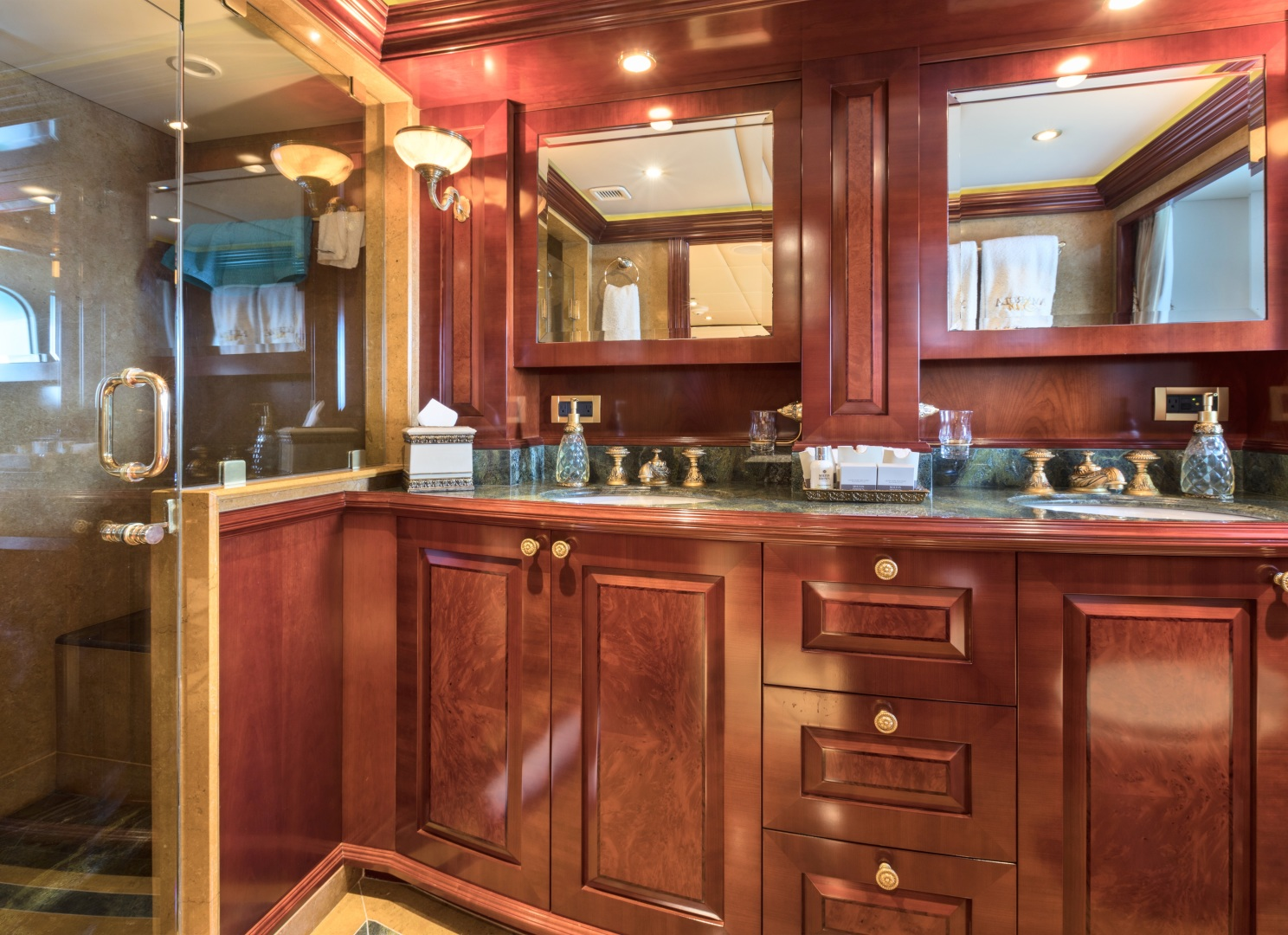 Trinity Yachts-164 Tri-deck Motor Yacht 2008-Amarula Sun Fort Lauderdale-Florida-United States-Port Aft Guest Suite Head-1513934 | Thumbnail