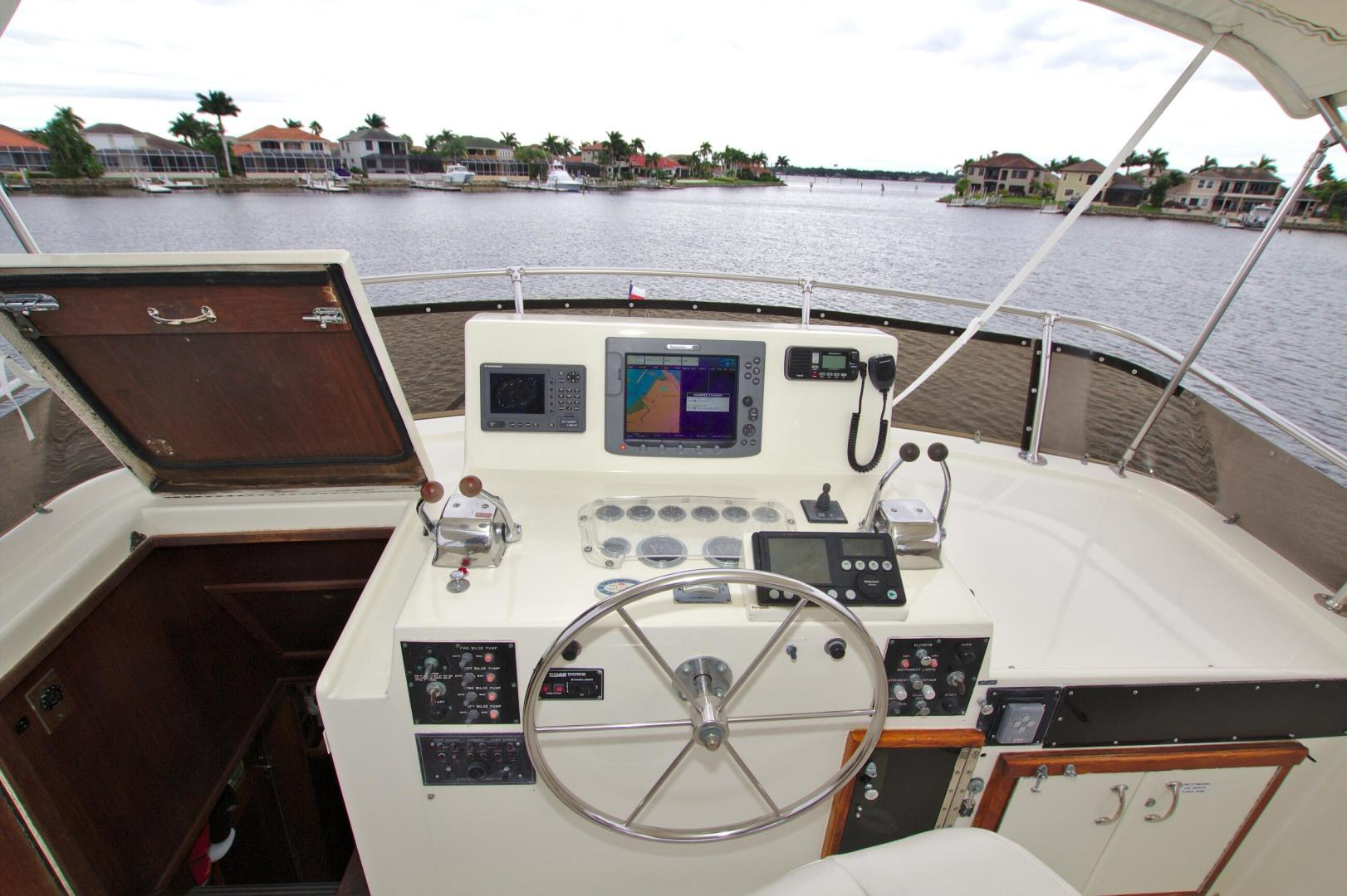 Hatteras-53 Extended Deckhouse Motor Yacht 1983-Luv Options Palmetto-Florida-United States-1512987 | Thumbnail