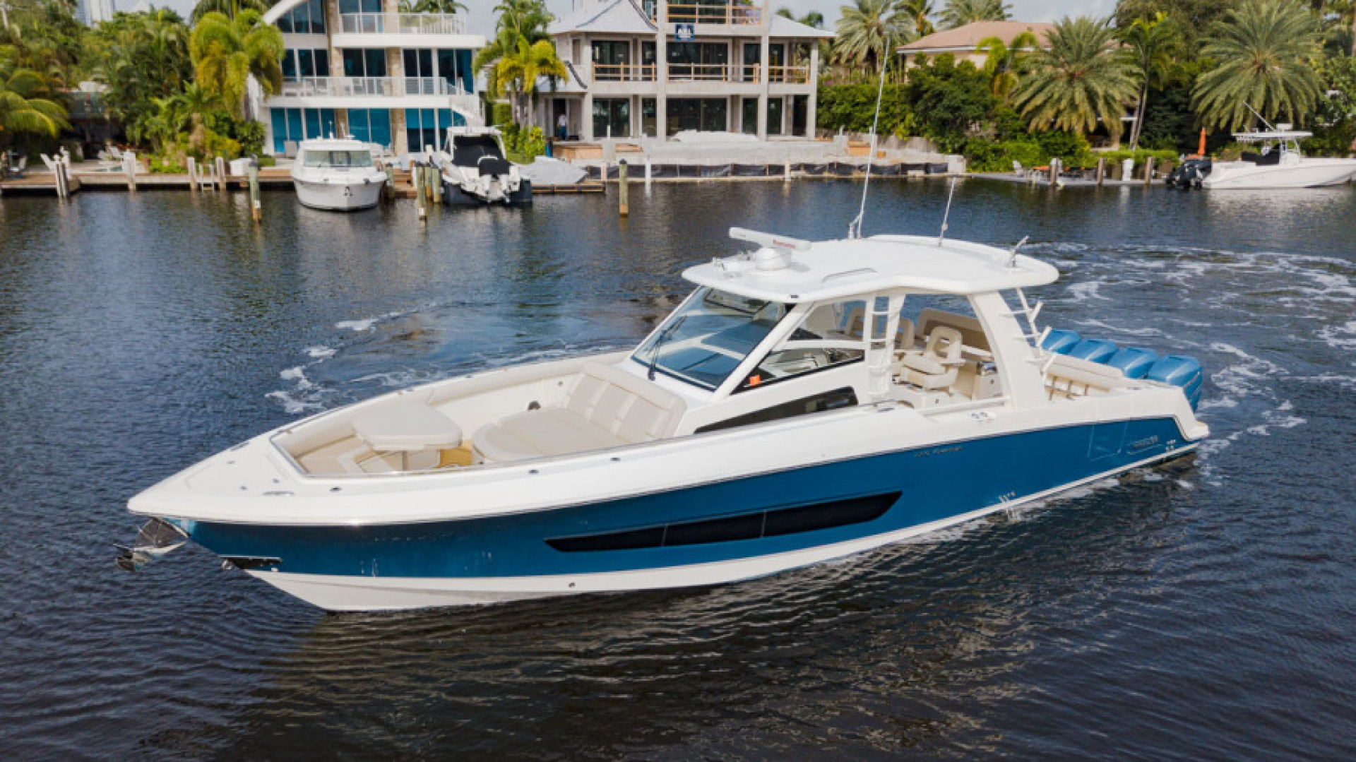 Boston Whaler-420 Outrage 2017-Boss Hawg Fort Lauderdale-Florida-United States-Boss Hawg-1513268 | Thumbnail