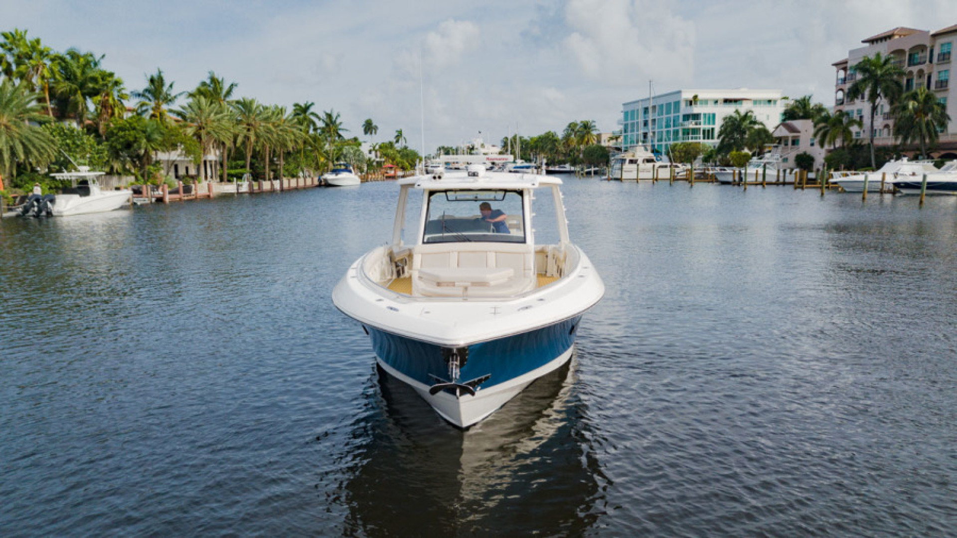 Boston Whaler-420 Outrage 2017-Boss Hawg Fort Lauderdale-Florida-United States-Boss Hawg-1513267 | Thumbnail