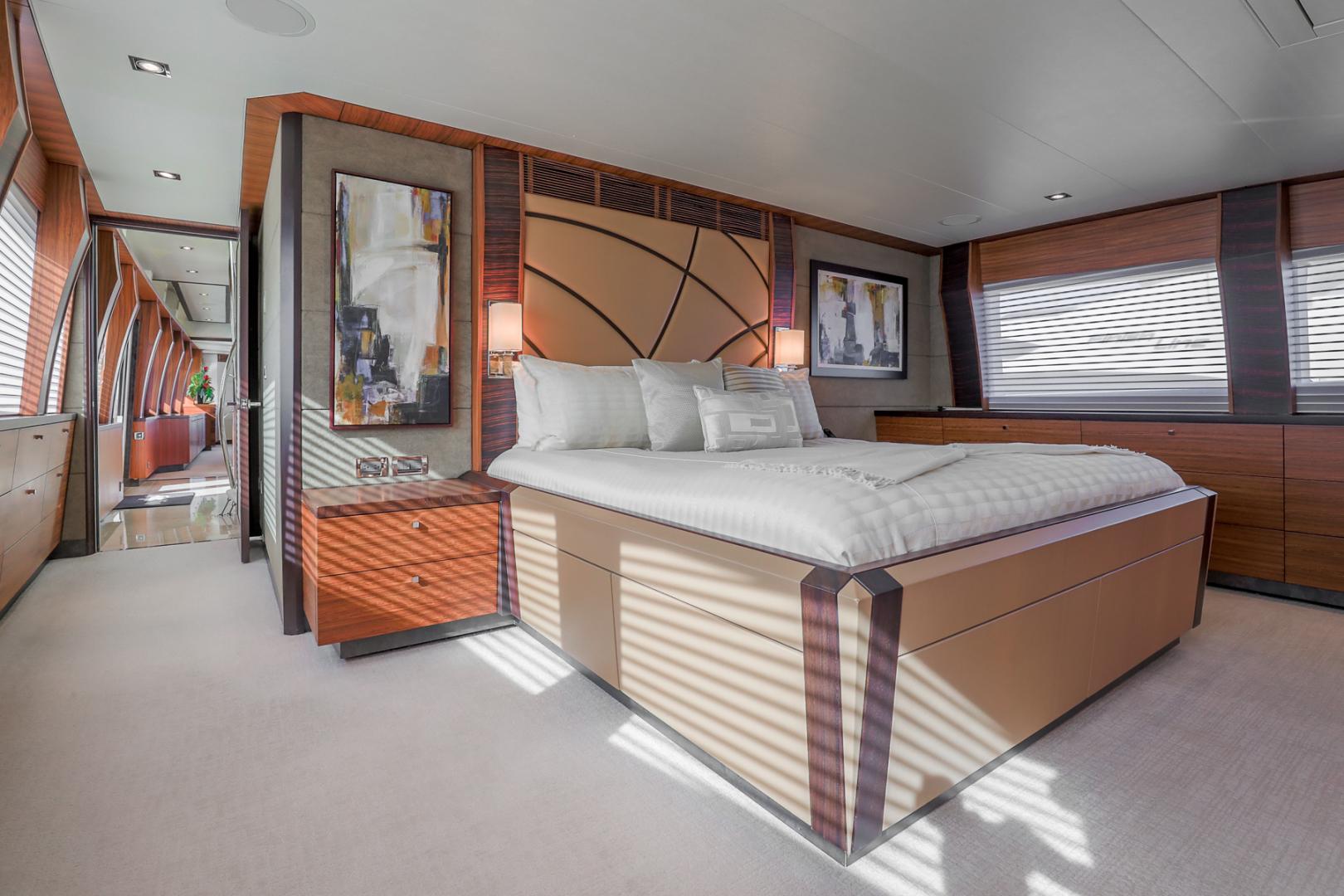 Northcoast-NC125 2011-FUGITIVE *Name Reserved* West Palm Beach-Florida-United States-Master Stateroom-1513454 | Thumbnail