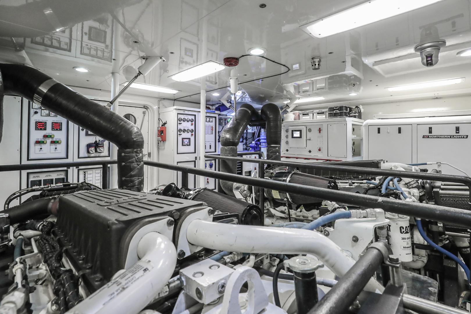 Northcoast-NC125 2011-FUGITIVE *Name Reserved* West Palm Beach-Florida-United States-Engine Room-1513501 | Thumbnail