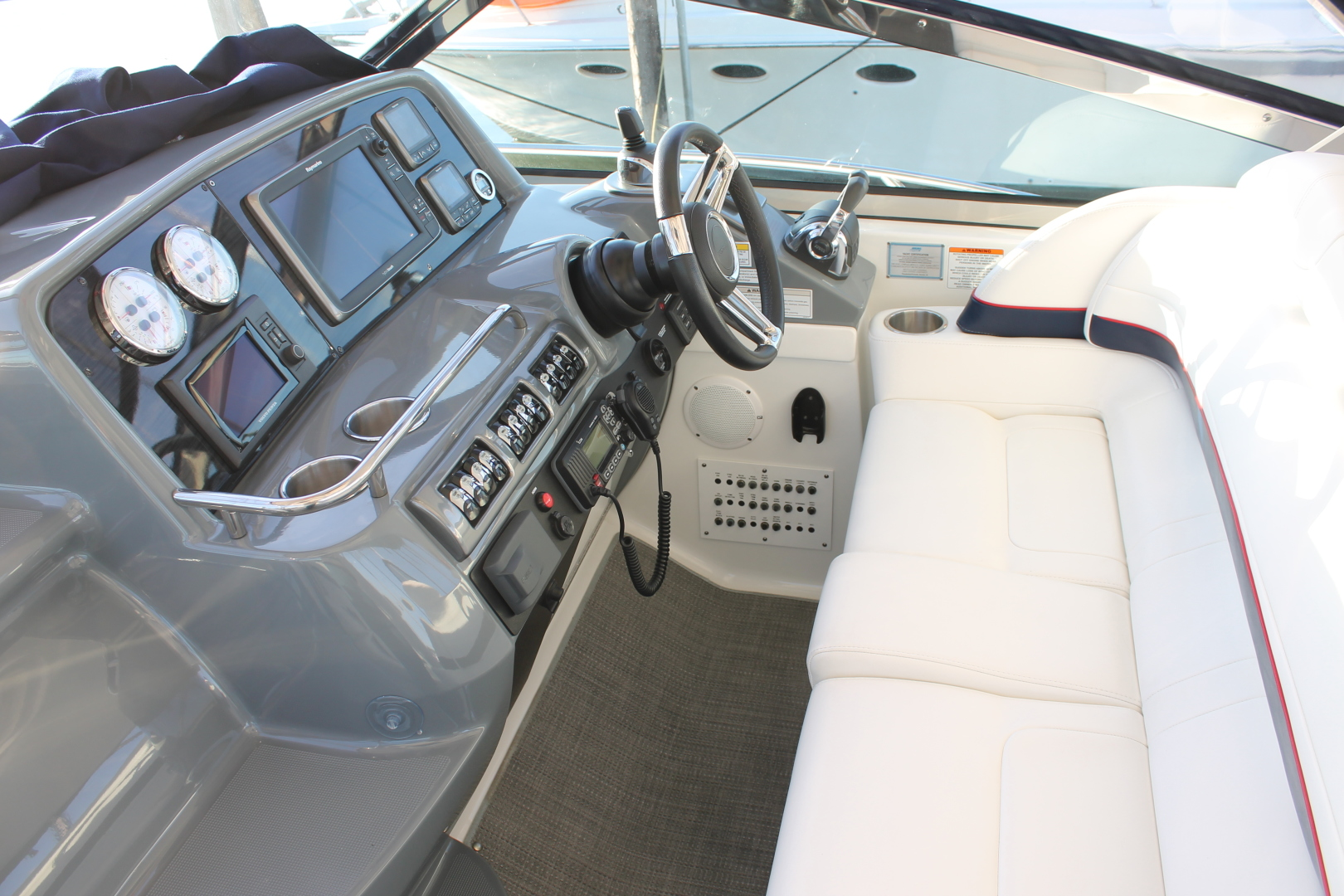 Formula-40 PC 2016 -Port Jefferson-New York-United States-Helm Seating-1514718 | Thumbnail