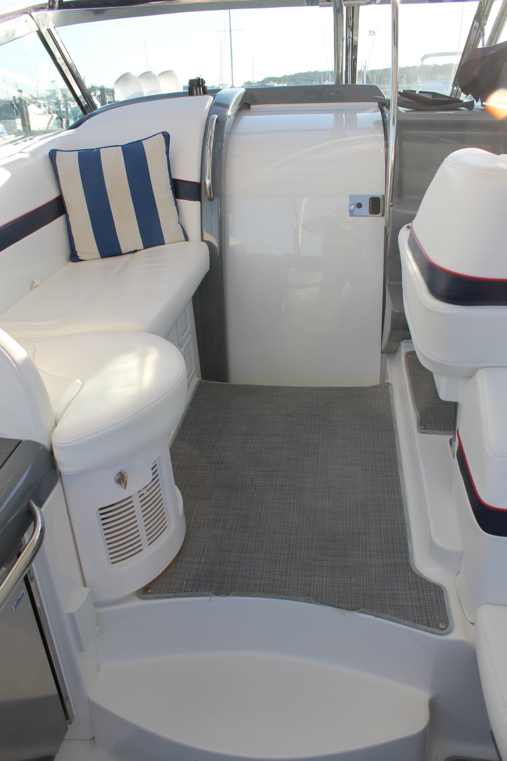 Formula-40 PC 2016 -Port Jefferson-New York-United States-Cockpit Seating-1514740 | Thumbnail