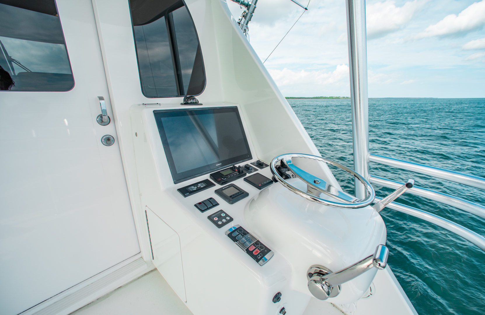 Viking-72 Enclosed Bridge 2018-Red Lion Ocean Reef-Florida-United States-2018 Viking 72 Enclosed Bridge  Red Lion  Additional Command Station-1568260   Thumbnail
