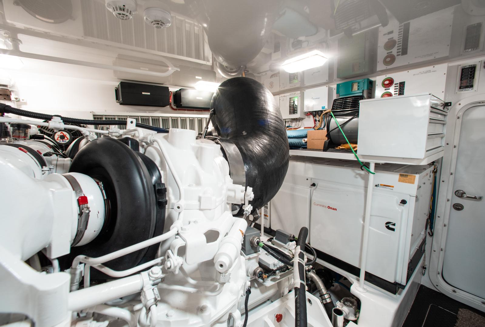 Viking-72 Enclosed Bridge 2018-Red Lion Ocean Reef-Florida-United States-2018 Viking 72 Enclosed Bridge  Red Lion  Engine Room-1568272   Thumbnail