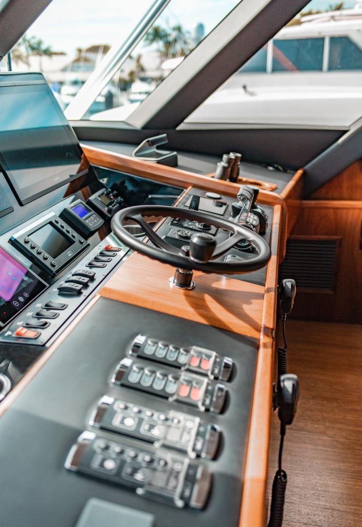 Viking-72 Enclosed Bridge 2018-Red Lion Ocean Reef-Florida-United States-2018 Viking 72 Enclosed Bridge  Red Lion  Enclosed Bridge-1568231   Thumbnail