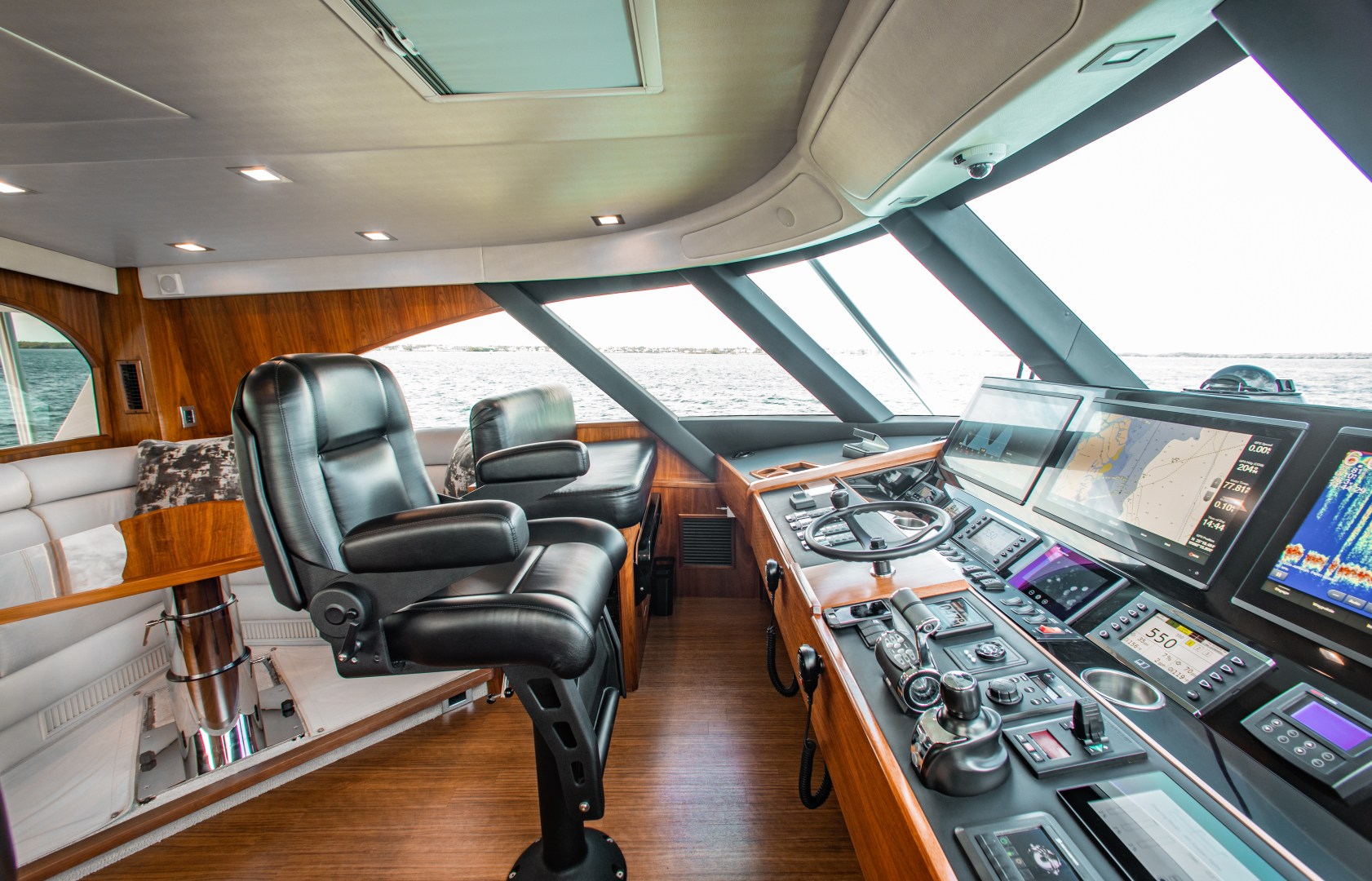 Viking-72 Enclosed Bridge 2018-Red Lion Ocean Reef-Florida-United States-2018 Viking 72 Enclosed Bridge  Red Lion  Enclosed Bridge-1568250   Thumbnail