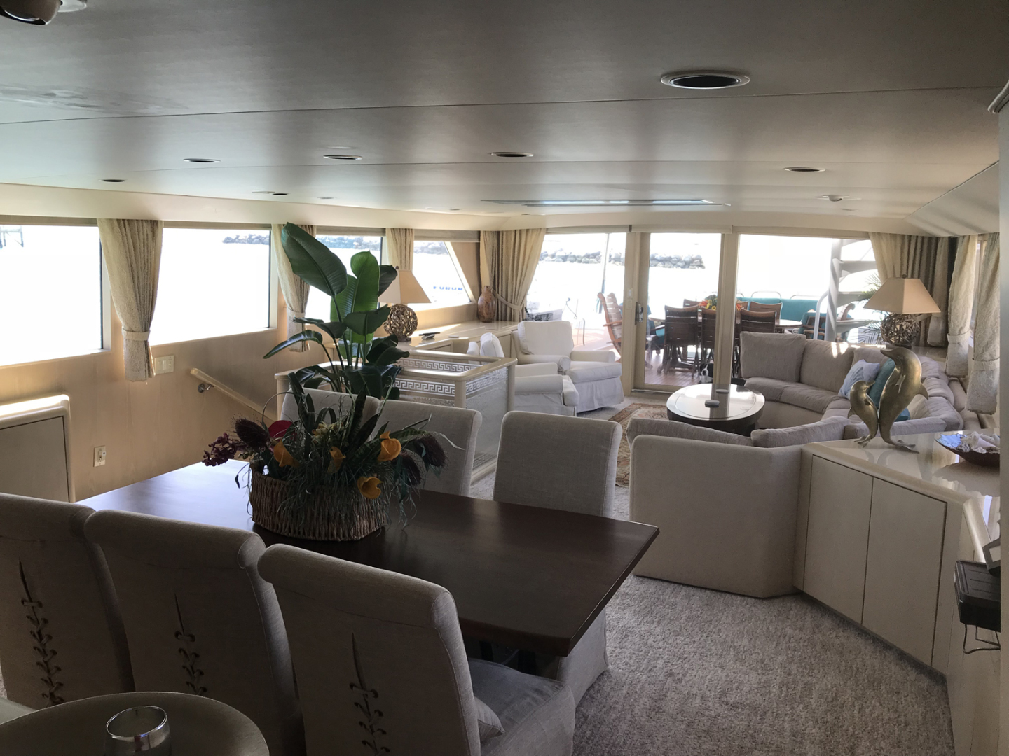 Broward-Custom Extended 1990-MON SHERI Fort Lauderdale-Florida-United States-Dining area looking to starboard-1515025   Thumbnail