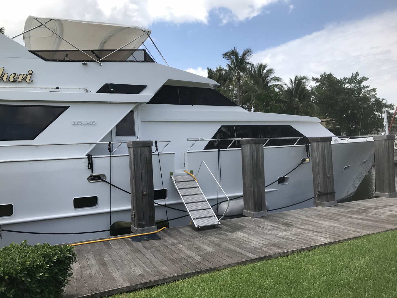 Broward-Custom Extended 1990-MON SHERI Fort Lauderdale-Florida-United States-Side Deck Entrance-1515068   Thumbnail