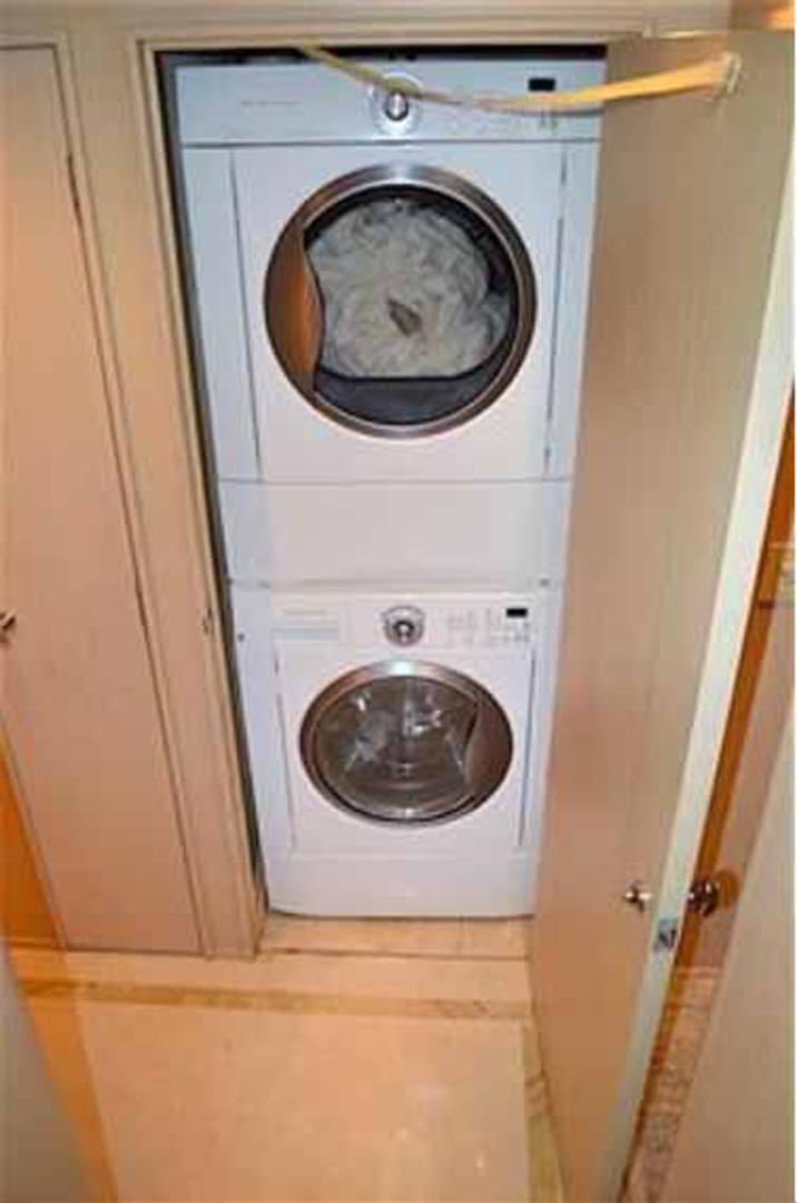 Broward-Custom Extended 1990-MON SHERI Fort Lauderdale-Florida-United States-Owner Washer Dryer-1515043   Thumbnail