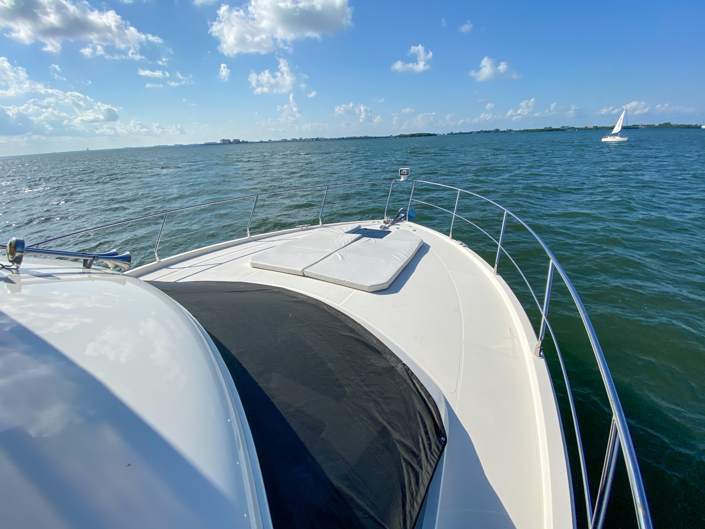 Carver-C40 2016-Ms. Behavin Longboat Key-Florida-United States-2016 40 Carver C Motor Yacht  Ms. Behavin  Bow-1515640   Thumbnail