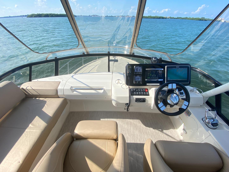 Carver-C40 2016-Ms. Behavin Longboat Key-Florida-United States-2016 40 Carver C Motor Yacht  Ms. Behavin  Flybridge Helm-1515633   Thumbnail