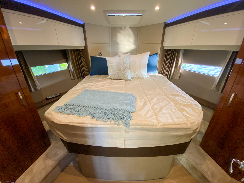Carver-C40 2016-Ms. Behavin Longboat Key-Florida-United States-2016 40 Carver C Motor Yacht  Ms. Behavin  Master Stateroom-1515614   Thumbnail