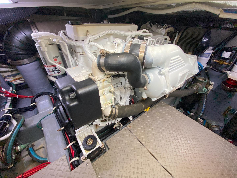 Carver-C40 2016-Ms. Behavin Longboat Key-Florida-United States-2016 40 Carver C Motor Yacht  Ms. Behavin  Engine Room-1515626   Thumbnail