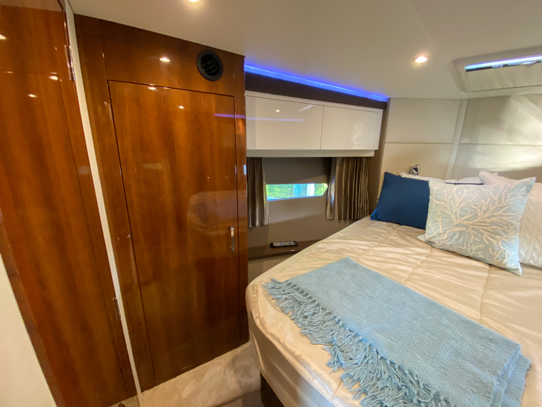 Carver-C40 2016-Ms. Behavin Longboat Key-Florida-United States-2016 40 Carver C Motor Yacht  Ms. Behavin  Master Stateroom-1515615   Thumbnail