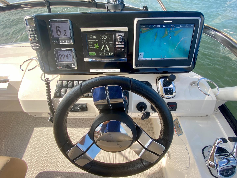 Carver-C40 2016-Ms. Behavin Longboat Key-Florida-United States-2016 40 Carver C Motor Yacht  Ms. Behavin  Flybridge Helm / Electronics-1515634   Thumbnail