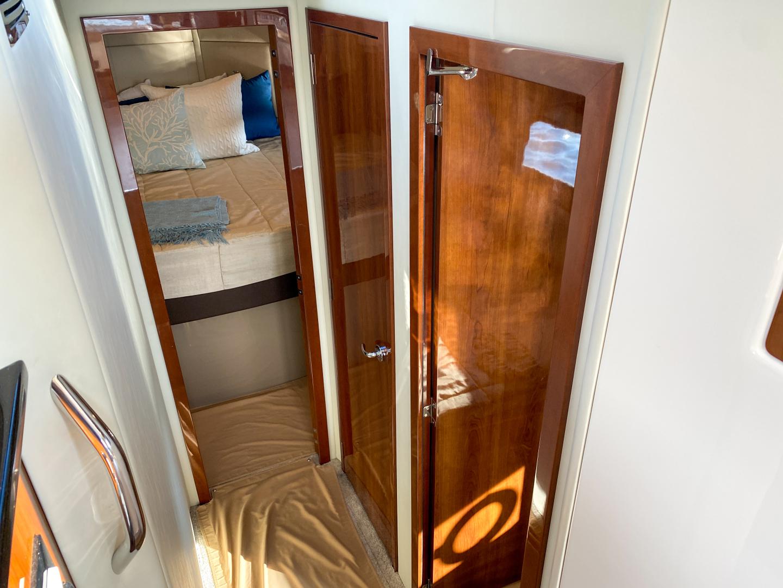 Carver-C40 2016-Ms. Behavin Longboat Key-Florida-United States-2016 40 Carver C Motor Yacht  Ms. Behavin  Companionway-1515613   Thumbnail
