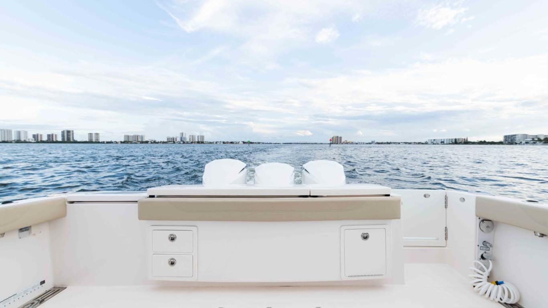 Pursuit-408 2017-Grateful North Palm Beach-Florida-United States-1515673   Thumbnail