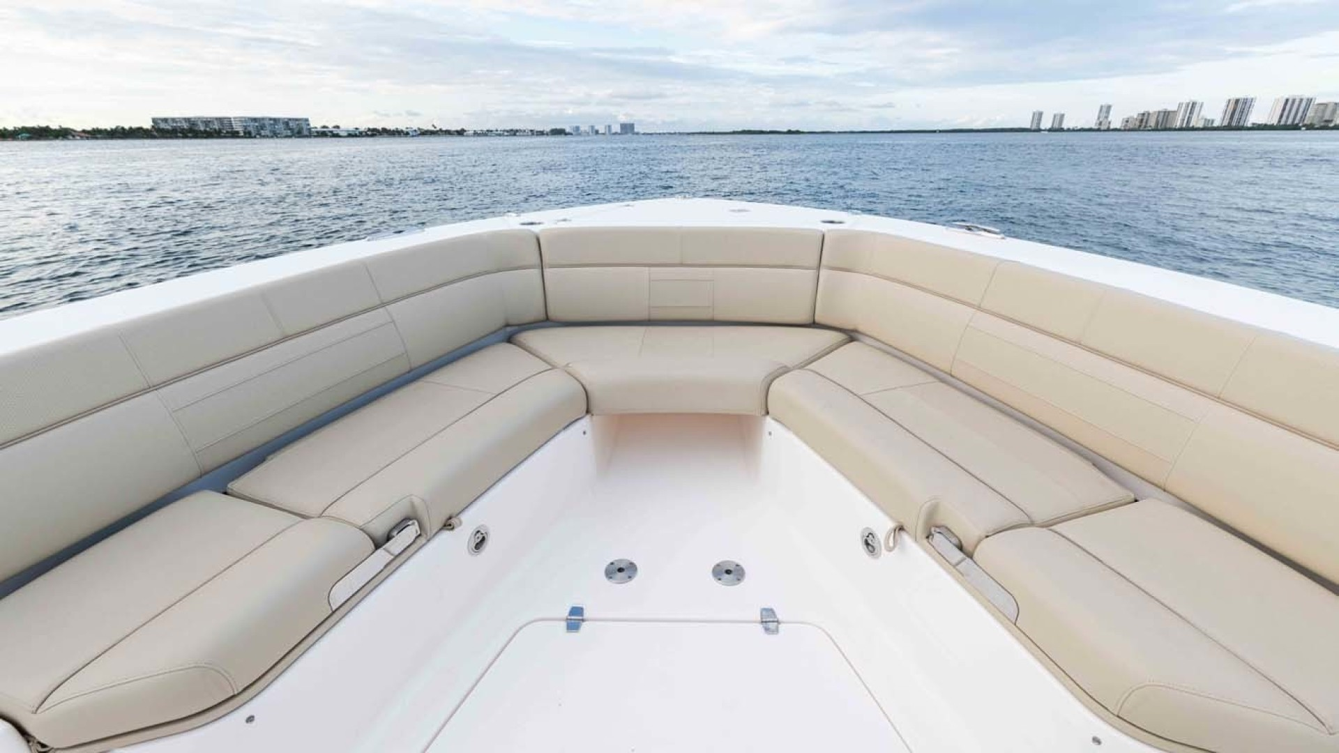 Pursuit-408 2017-Grateful North Palm Beach-Florida-United States-1515653   Thumbnail