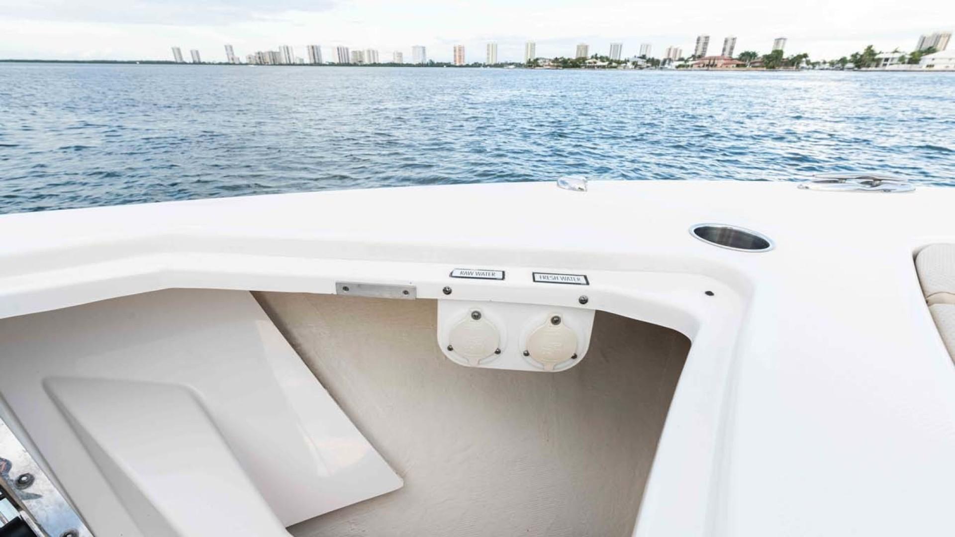 Pursuit-408 2017-Grateful North Palm Beach-Florida-United States-1515651   Thumbnail